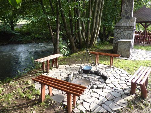 Construit pe malul raului Tarnava